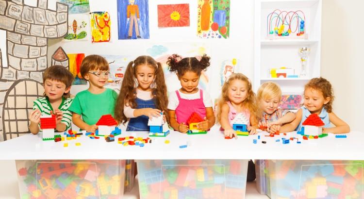 bigstock-Little-boys-and-girls-construc-78114899-750x410