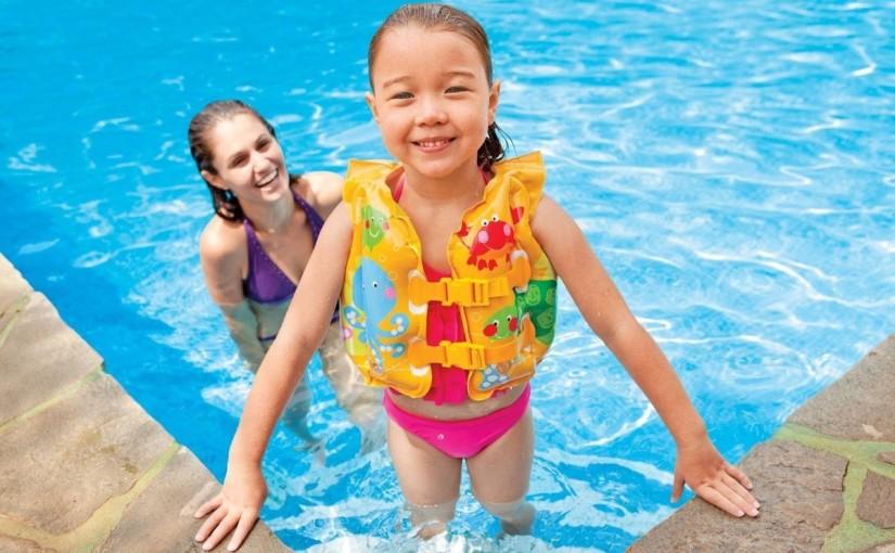 Crianças! Muito cuidado com a piscina